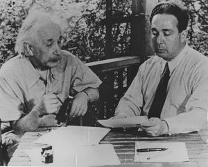 Leo Szilard and Albert Einstein working on their letter to President Roosevelt